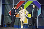 01.12.2016 Barcelona. Los 40 music awards 2016. Uri Sabat, tamara y toni
