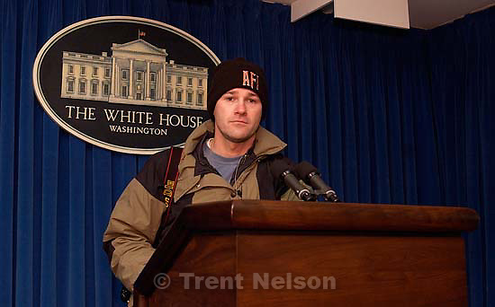 Trent Nelson in the White House briefing room.  12.22.2001, 6:58:45 AM<br />