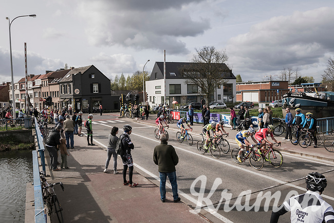 early breakaway group still holding on with 1 local finish lap to go<br /> <br /> 105th Scheldeprijs 2017 (1.HC)<br /> 1 Day Race: Mol &rsaquo; Schoten (BEL/202km)