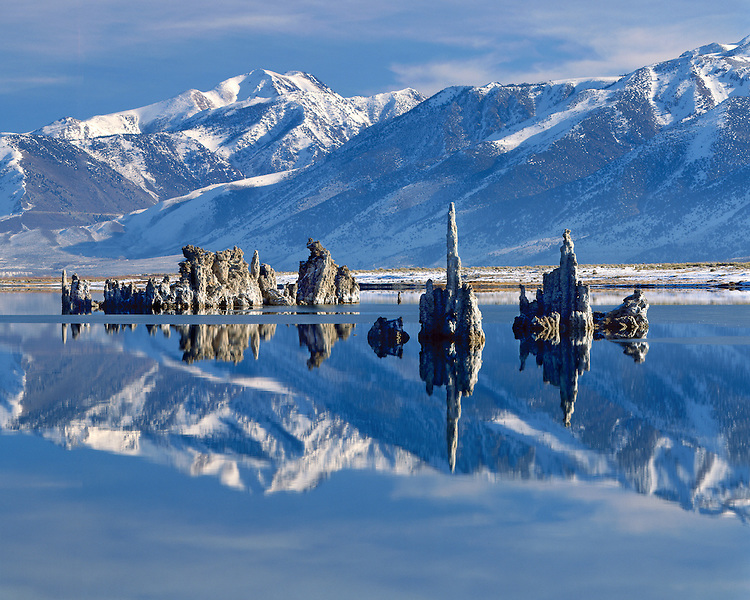 Morning light on the tufa formations in Mono Lake, CA
