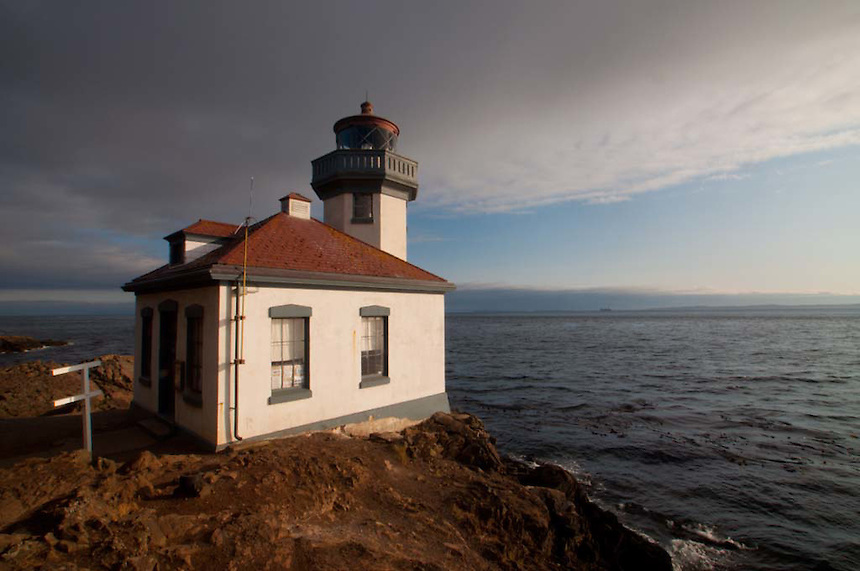 Lighthouse at Lime Kiln State Park, San Juan Island, Washington, US