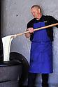 05/05/11 - NASBINALS - LOZERE - FRANCE - Preparation de l aligot aux Chalets de la Rule. French gastronomy- Photo Jerome CHABANNE