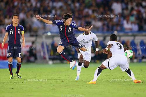 Yasuhito Endo (JPN), SEPTEMBER 10, 2013 - Football / Soccer : KIRIN Challenge Cup 2013 match <br /> between Japan 3-1 Ghana<br /> at Nissan Stadium in Kanagawa, Japan. <br />  (Photo by Yusuke Nakanishi/AFLO SPORT)