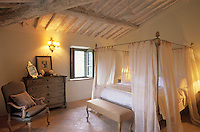 Farmhouse restoration - Tuscany