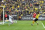 13.04.2019, Signal Iduna Park, Dortmund, GER, DFL, 1. BL, Borussia Dortmund vs 1. FSV Mainz 05, DFL regulations prohibit any use of photographs as image sequences and/or quasi-video<br /> <br /> im Bild Jadon Sancho (#7, Borussia Dortmund) macht das Tor zum 1:0<br /> <br /> Foto © nph/Mauelshagen