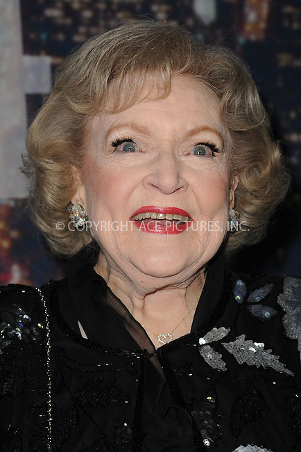 WWW.ACEPIXS.COM<br /> February 15, 2015 New York City<br /> <br /> Betty White walking the red carpet at the SNL 40th Anniversary Special at 30 Rockefeller Plaza on February 15, 2015 in New York City.<br /> <br /> Please byline: Kristin Callahan/AcePictures<br /> <br /> ACEPIXS.COM<br /> <br /> Tel: (646) 769 0430<br /> e-mail: info@acepixs.com<br /> web: http://www.acepixs.com