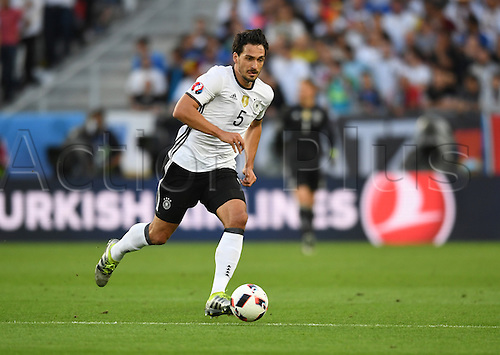 02.07.2016. Bordeaux, France.  Germany's Mats Hummels in action during the UEFA EURO 2016 quarter final  match between Germany and Italy at the Stade de Bordeaux in Bordeaux, France, 02 July 2016. P