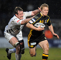 Wycombe, GREAT BRITAIN, Sales Dean SCHOFIELD with a lunging tackle at Josh LEWSEY, during the Guinness Premiership game, London Wasps vs Sale Sharks 15.04.2008 [Mandatory Credit Peter Spurrier/Intersport Images]