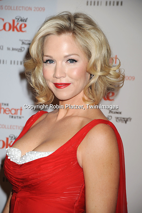 Jennie Garth in Badgley Mischka dress..at The Heart Truth's Red Dress Fashion Show on February 12, 2009 at Mercedes Benz FAshion Week. Swarovski was one of the sponsers for this show. ....Robin Platzer, Twin Images