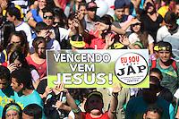 CURITIBA, PR, 17.05.2014 -  21ª MARCHA PARA JESUS / CURITIBA - Aconteçe neste sábado (17), pelas ruas do centro e centro Civico de Curiitiba à 21ª Marcha Para Jesus. O  objetivo da Marcha é promover a união entre as igrejas evangélicas e demonstrar o respeito do povo evangélico pela cidade e estado e pais, por meio de orações sociais. (Foto: Paulo Lisboa / Brazil Photo Press)