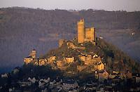 Europe/France/Midi-Pyrénées/12/Aveyron/Vallée de l'Aveyron/Najac : Château de Najac à l'aube