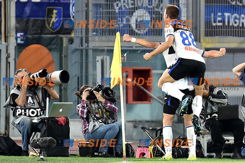 Marten de Roon of Atalanta BC celebrates with Mario Pasalic of Atalanta BC after scoring the goal of 0-2 for his side <br /> Roma 25-9-2019 Stadio Olimpico <br /> Football Serie A 2019/2020 <br /> AS Roma - Atalanta Bergamasca Calcio <br /> Foto Andrea Staccioli / Insidefoto