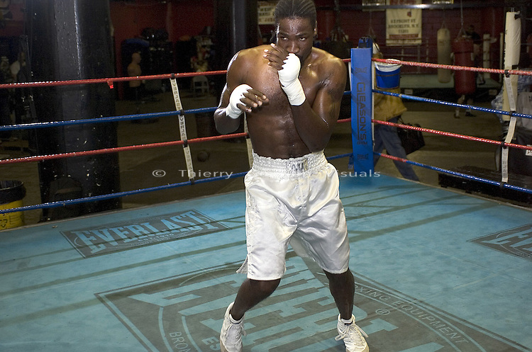 WBC Cruiserweight Champion Wayne Braithwaite trains at Gleason's Gym in Brooklyn, New York before his April 2nd Title Fight against WBA Champion Jean-Marc Mormeck in Worcester MA, on Thursday 24, 2005.