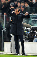 Calcio, Ottavi di finale di Tim Cup: Juventus vs Atalanta. Torino, Juventus Stadium, 11 gennaio 2017.<br /> Juventus coach Massimiliano Allegri gives indications to his players during the Italian Cup football round of 16 match between Juventus and Atalanta at Turin's Juventus Stadium, 8 January 2017. Juventus won 3-2 to join the quarter finals.<br /> UPDATE IMAGES PRESS/Manuela Viganti