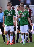 Fussball 1. Bundesliga   Saison  2012/2013   34. Spieltag   1. FC Nuernberg - SV Werder Bremen       18.05.2013 Enttaeuschung SV Werder Bremen, Clemens Fritz (li) und Johannes Wurtz