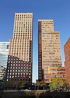Nederland - Amsterdam -  November2019. Kantoren en appartementen aan de Zuidas. APG kantoor.  Foto Berlinda van Dam / Hollandse Hoogte