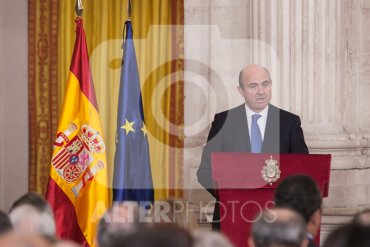 Spanish Minister Luis de Guindos attends the 2014 Spanish Investigation Awards at Royal Palace in Madrid, Spain. January 15, 2015. (ALTERPHOTOS/Victor Blanco)