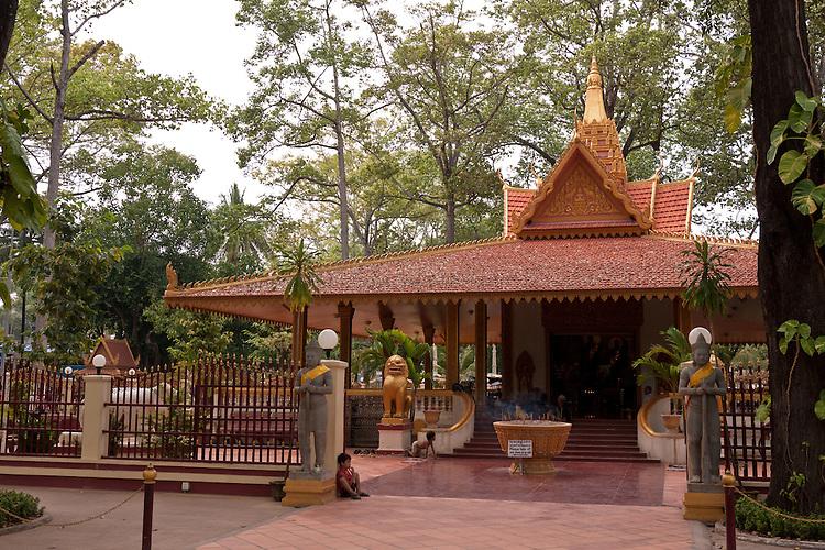 Preah Ang Chek and Preah Ang Chorm Shrine, Royal Independence Gardens, Siem Reap, Cambodia