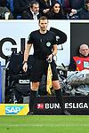 15.02.2020, PreZero-Arena, Sinsheim, GER, 1. FBL, TSG 1899 Hoffenheim vs. VFL Wolfsburg, <br /> <br /> DFL REGULATIONS PROHIBIT ANY USE OF PHOTOGRAPHS AS IMAGE SEQUENCES AND/OR QUASI-VIDEO.<br /> <br /> im Bild: Schiedsrichterassistent Thorben Siewer<br /> <br /> Foto © nordphoto / Fabisch