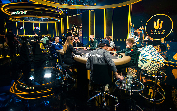 Final Table Set