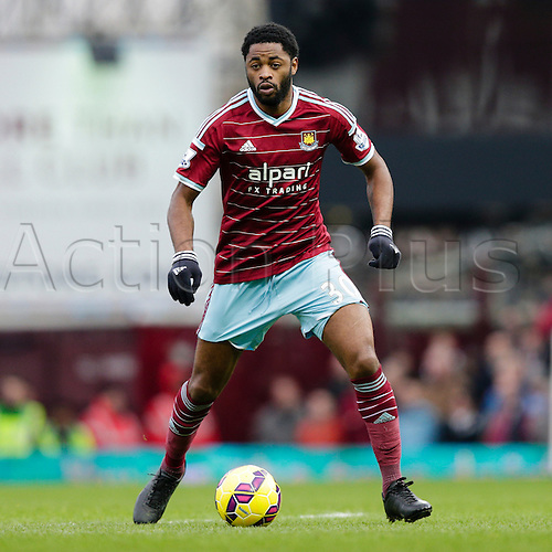 18.01.2015.  London, England. Barclays Premier League. West Ham versus Hull City.  West Ham United's Alex Song in action