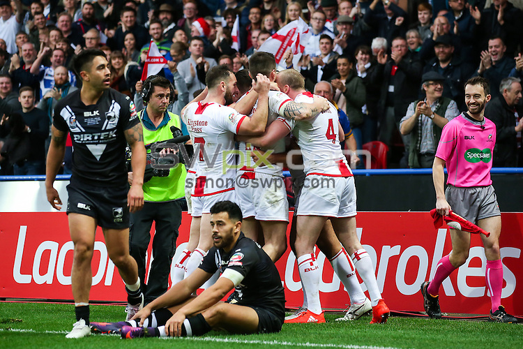Picture by Alex Whitehead/SWpix.com - 29/10/16 - Rugby League - 2016 Ladbrokes Four Nations - England v New Zealand - The John Smith's Stadium, Huddersfield, England - Ryan Hall try.