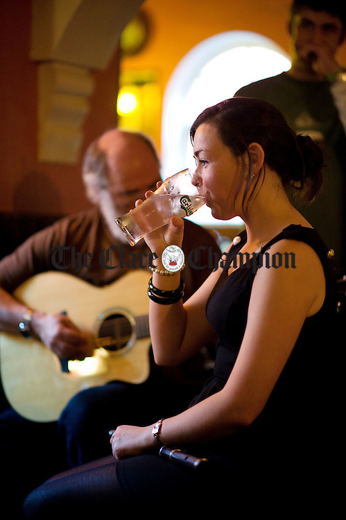 Paula Houton taking part in a session at Brogans during the Ennis Trad Festival. Photograph by John Kelly.