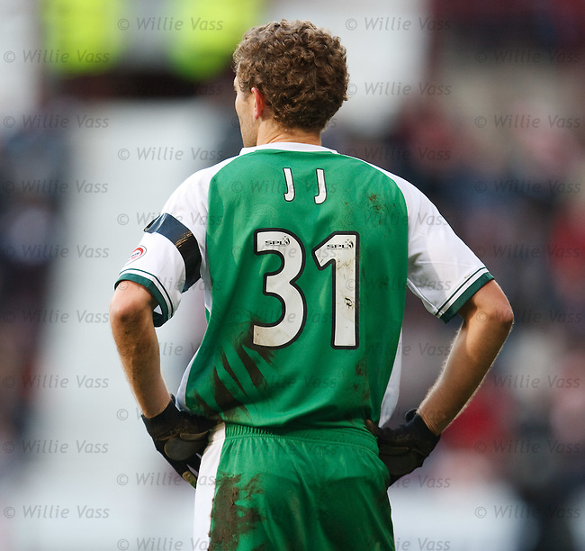 Jonatan Johansson makes his debut in the Edinburgh derby
