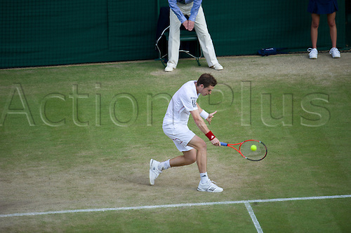 June 26 2010: Andy Murray(GBR)[4] def.   Gilles Simon(FRA)[26]  on Centre Court.  Wimbledon international tennis tournament held at the All England Lawn Tennis Club, London, England.