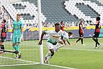 Gladbachs Breel Embolo (vorne) hat soeben zum 2:0 getroffen -<br /><br />27.06.2020, Fussball, 1. Bundesliga, Saison 2019/2020, 34. Spieltag, Borussia Moenchengladbach - Hertha BSC Berlin,<br /><br />Foto: Johannes Kruck/POOL / via / Meuter/Nordphoto<br />Only for Editorial use