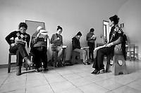 Casa Circondariale di San Vittore, Milano. La casa di Bernarda Alba, di Garcia Lorca, recitato da un gruppo di detenute. Diretto da Donatella Massimilla -Cetec