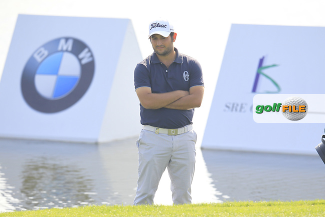 Alexander Levy (FRA) in trouble at the 9th green during Sunday's Final Round of the 2014 BMW Masters held at Lake Malaren, Shanghai, China. 2nd November 2014.<br /> Picture: Eoin Clarke www.golffile.ie