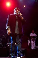 SÃO PAULO, SP, 11 DE FEVEREIRO DE 2012 - SHOW JORGE ARAGÃO: O cantor e compositor Jorge Aragão em show realizado na noite desta sexta feira (10) no Credicard Hall em São Paulo FOTO: LEVI BIANCO - NEWS FREE
