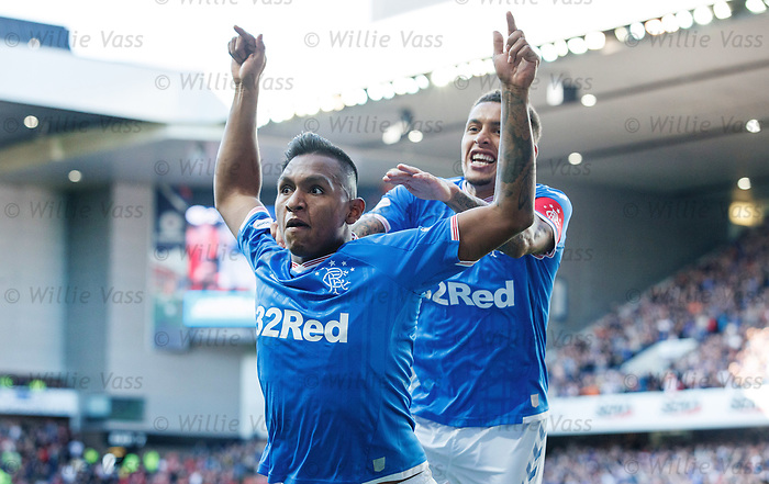 28.09.2018 Rangers v Aberdeen: Alfredo Morelos celebrates his goal with James Tavernier