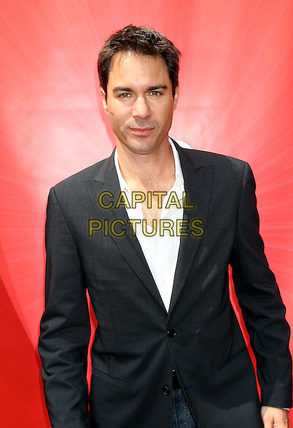 ERIC McCORMACK .2005/2006 NBC UpFront -Arrivals .Rockefeller Center in New York City.May 16th, 2005.half length black suit jacket.www.capitalpictures.com.sales@capitalpictures.com.©Capital Pictures