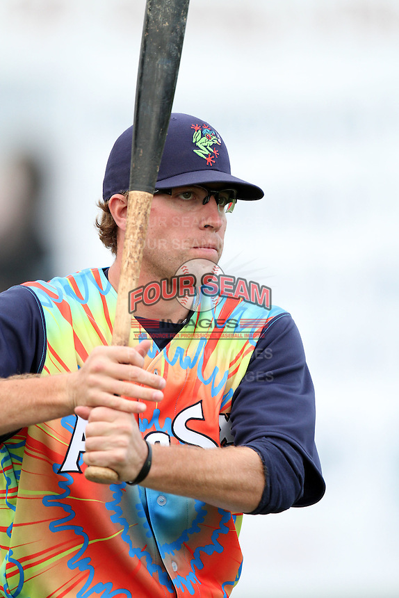Everett Aquasox infielder Ethan Paquette #29 before a game against the Tri-City Dust Devils at Everett Memorial Stadium on August 13, 2011 in Everett,Washington. Everett defeated Tri-City 6-4.(Larry Goren/Four Seam Images)