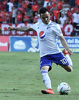 CALI - COLOMBIA, 21-04-2019: Santiago Montoya de Millonarios en acción durante partido por la fecha 17 de la Liga Águila I 2019 entre América de Cali y Millonarios jugado en el estadio Pascual Guerrero de la ciudad de Cali. / Santiago Montoya of Millonarios in action during match for the date 17 as part of Aguila League I 2019 between America Cali and Millonarios played at Pascual Guerrero stadium in Cali. Photo: VizzorImage / Gabriel Aponte / Staff
