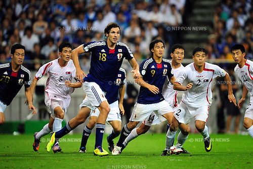 (L-R)  Mike Havenaar, Shinji Okazaki (JPN),SEPTEMBER 2, 2011 - Football / Soccer :2014 FIFA World Cup Asian Qualifiers Third round Group C match between Japan 1-0 North Korea at Saitama Stadium 2002 in Saitama, Japan. (Photo by AFLO)