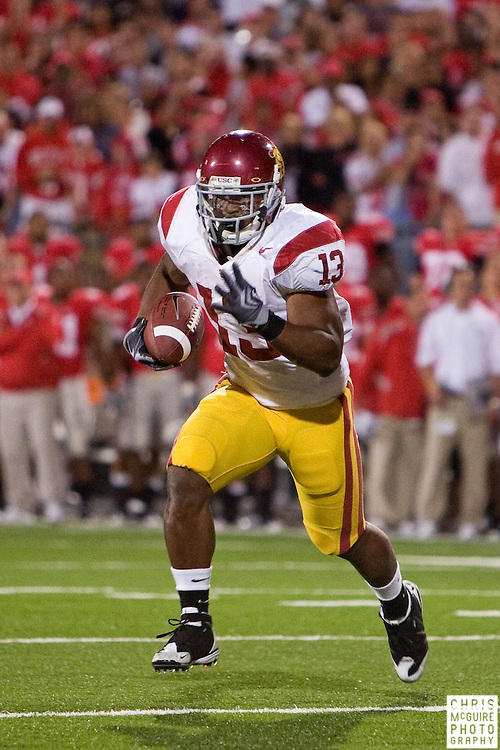 12 September 2009:  Football -- USC running back Stafon Johnson takes off for his game-winning touchdown against Ohio State at Ohio Stadium in Columbus.  USC won 18-15.  Photo by Christopher McGuire.