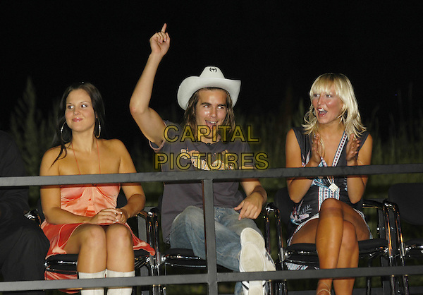 MICHELLE, STUART & SHELL.Big Brother 5 Final Eviction.August 6th, 2004.cowboy hat, cheering.www.capitalpictures.com.sales@capitalpictures.com.©Capital Pictures
