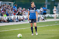 Kansas City, Mo. - Saturday April 23, 2016: FC Kansas City midfielder Yael Averbuch (10) during a match against Portland Thorns FC at Swope Soccer Village. The match ended in a 1-1 draw.