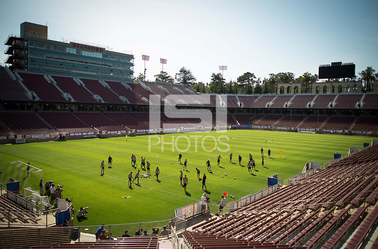 Stanford, CA - Wednesday, May 14 2014:  USMNT training camp at Stanford University.