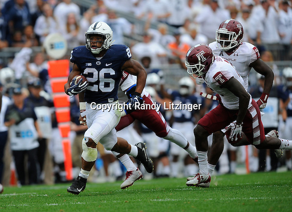 17 September 2016:  Penn State RB Saquon Barkley (26) runs for a 55-yard touchdown during the fourth quarter. The Penn State Nittany Lions defeated the Temple Owls 34-27 at Beaver Stadium in State College, PA. (Photo by Randy Litzinger/Icon Sportswire)