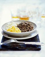 """Europe/Grande-Bretagne/Ecosse/Moray/Speyside/Env de Dufftown : Haggis et ses purées - Recette du chef James du restaurant """"Archiestown"""" photographié à """"Linn House"""""""