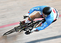 CALI – COLOMBIA – 19-02-2017: Hugo Barrette de Canada en la prueba de 200 metros Velocidad hombres en el Velodromo Alcides Nieto Patiño, sede de la III Valida de la Copa Mundo UCI de Pista de Cali 2017. / Hugo Barrette from Canada in the 200 meters Men´s Sprint Race at the Alcides Nieto Patiño Velodrome, home of the III Valid of the World Cup UCI de Cali Track 2017. Photo: VizzorImage / Luis Ramirez / Staff.