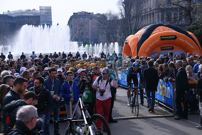 Sign on before the start of the 108th edition of Milan-San Remo 2017 by NamedSport the first Classic Monument of the season running 291km from Milan to San Remo, Italy. 18th March 2017.<br /> Picture: La Presse/Gian Mattia D'Alberto | Cyclefile<br /> <br /> <br /> All photos usage must carry mandatory copyright credit (&copy; Cyclefile | La Presse)