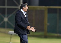 BOGOTÁ -COLOMBIA, 05-02-2016. Santiago Escobar técnico de La Equidad gesticula durante partido contra Cortulua por la fecha 2 de la Liga Águila I 2016 jugado en el estadio Metropolitano de Techo de la ciudad de Bogotá./ Santiago Escobar coach of La Equidad gestures during match against Cortulua for the date 2 of the Aguila League I 2016 played at Metropolitano de Techo stadium in Bogotá city. Photo: VizzorImage/ Gabriel Aponte / Staff