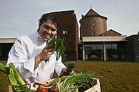 Europe/France/Auvergne/15/Cantal/Chaudes-Aigues:  Retour du Marché Serge Vieira  - Restaurant: Serge Vieira, au Château de Couffour  [Non destiné à un usage publicitaire - Not intended for an advertising use]