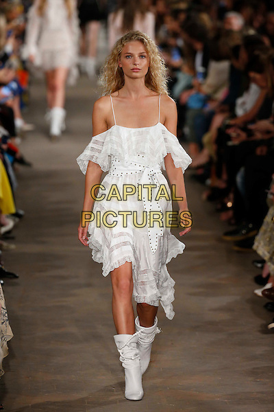PHILOSOPHY DI LORENZO SERAFINI<br /> Milan Fashion Week  ss17<br /> on September 25, 2016<br /> CAP/GOL<br /> &copy;GOL/Capital Pictures