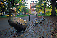 Make way for Ducklings statue Boston Public Gardens